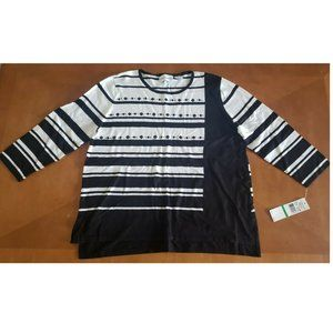 ALFRED DUNNER WHITE & BLACK STRIPED SWEATER SZ LG